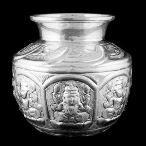 Antique Design Astalakshmi Chembu