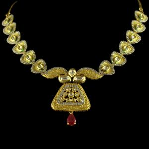 Antique Design Gold Plated Floral choker Necklace