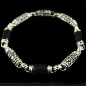 92.5 Sterling Silver oxsided Fancy Design Bracelet Studded Crystal And Black Onyx Stones