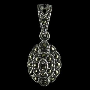 92.5 Sterling Silver Fancy Design Oxided Pendant Studded Cristels