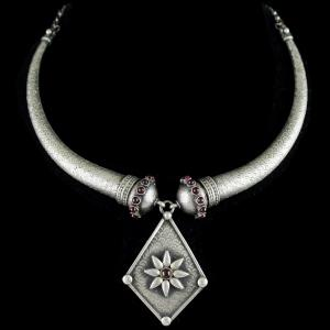 Silver Oxidized Fancy Design Necklace Studded Red Onyx