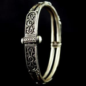 Silver Fancy design Screw And Kada Bangle