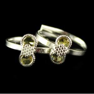 Antique Design Toe Rings Studded Semi Precious Stones
