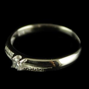 R15928 Sterling Silver Band Ring Studded Zircon Stone