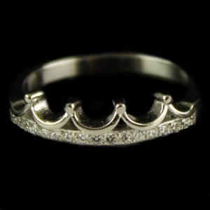 R13234 Sterling Silver Ring Studded Zircon Stones