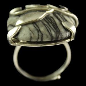 Silver Plated Fancy Design Semiprecious Black Line Ring