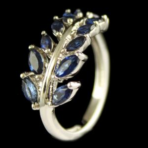 Sterling Silver Fancy Design Ring Studded Zircon Stones