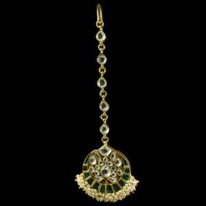 Silver Plated Fancy Design Nethi Chutti and Tikka  kuddan Green