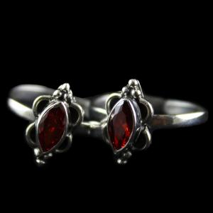 Silver Plated Fancy Design Red Onyx Stone Toe Rings