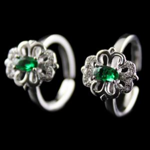 Silver Plated Fancy Design Green Onyx Toe Rings