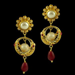 Silver Gold Plated Fancy Design Earring Studded Pearl Red Oynx
