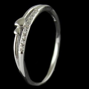 R13285 Sterling Silver Fancy Ring Studded Zircon Stones