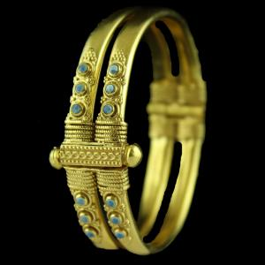Gold Plated Floral Design Kada And Screw Bangle