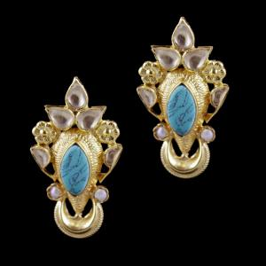Gold Plated Turquoise And Kundhan Stone Casual Wear Earrings