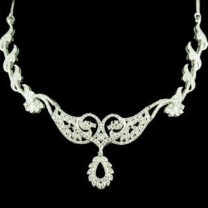 Zircon Stone Floral Design Party Wear Necklace