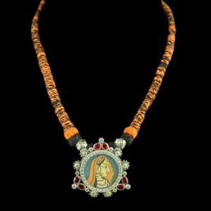 Oxidized Silver Hand Painting Thread Necklace With CZ And Red Co