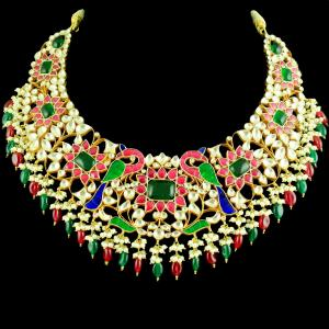 GOLD PLATED KUNDAN STONE CHOKER NECKLACE