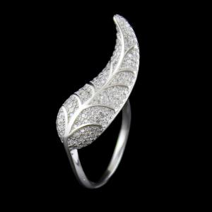 STERLING SILVER LEAF CZ RING