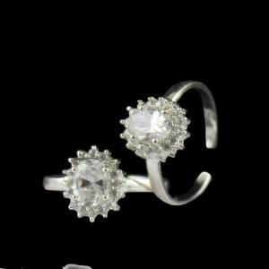 STERLING SILVER CZ TOE RINGS