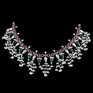 OXIDIZED SILVER THREAD NECKLACE WITH RED ONYX AND GREEN HYDRO WITH PEARLS