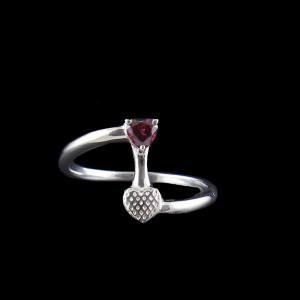 RED SWAROVSKI HEART ARROW RING