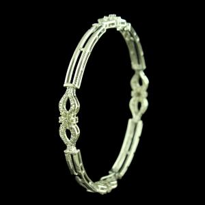 STERLING SILVER SWAROVSKI BANGLE
