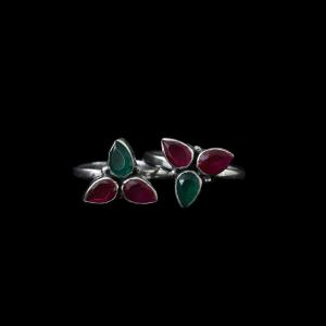 OXIDIZED SILVER RED COURNDUM GREEN HYDRO TOE RINGS
