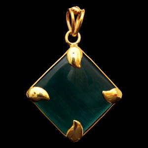 GOLD PLATED MONALISA STONE PENDANT