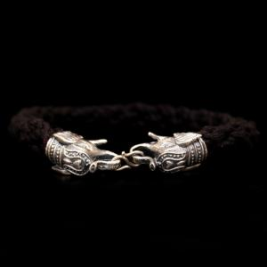 ELEPHANT DESIGN MEN'S THREAD BRACELET