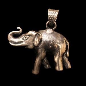 OXIDIZED SILVER ELEPHANT PENDANT