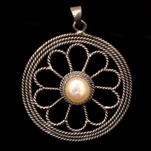 OXIDIZED SILVER PEARL BEADS PENDANT