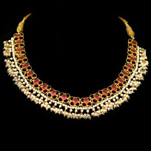 GOLD PLATED RED CORUNDUM AND PEARL BEADS NECKLACE