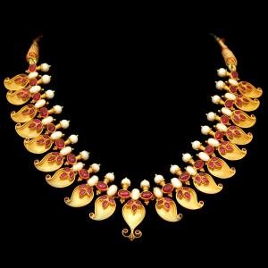 GOLD PLATED RED CORUNDUM AND PEARL BEAD NECKLACE