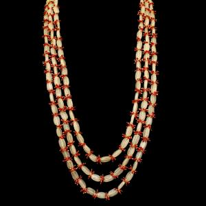GOLD PLATED ONYX AND RED BEADS NECKLACE