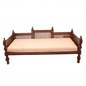 DIWAN WITH WOODEN  SEATER