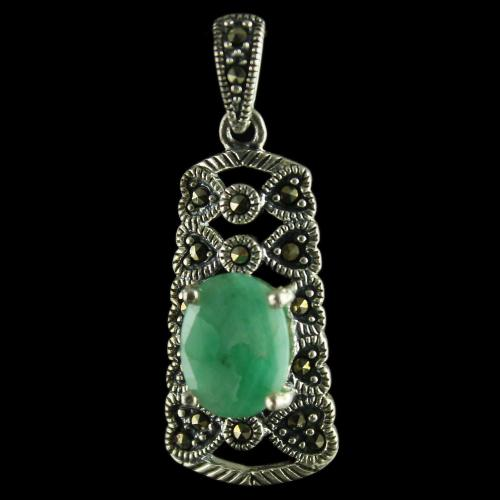 92.5 Sterling Silver Fancy Design Oxided Pendant Studded Cristel And Emerald Stones