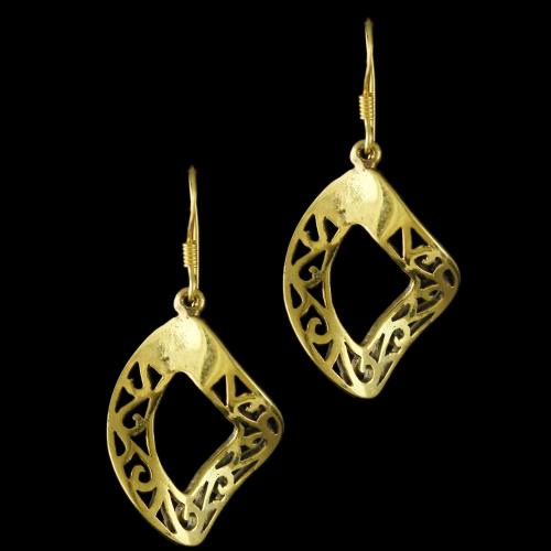 92.5 Sterling Silver Gold Plated Fancy Design Hanging Earrings