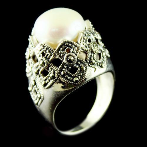 Silver Oxidized Fancy Ring Studded Semi Precious Stones