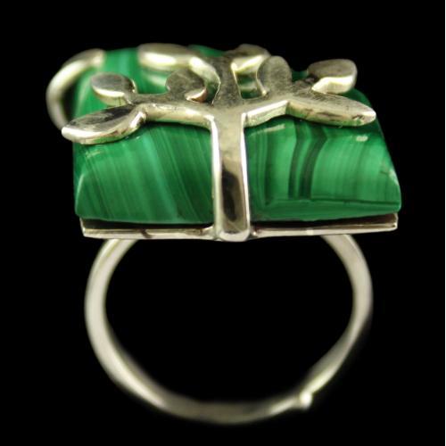 Silver Plated Fancy Design Semiprecious Malachite  Ring