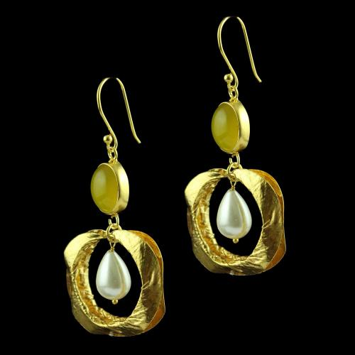 Yellow Chalcedony Hanging Earring With Pearl