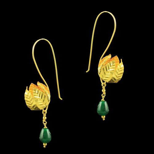 GOLD PLATED HANGING EARRINGS WITH EMERALD BEADS