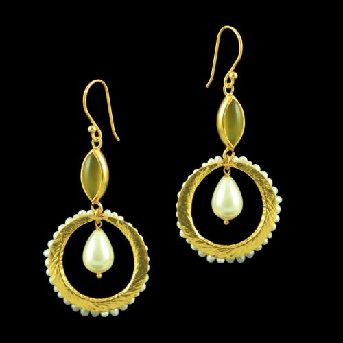 GOLD PLATED HANGING EARRINGS WITH CHALCEDONY AND PEARLS