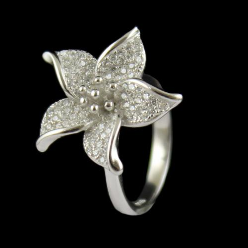 STERLING SILVER FLORAL CZ RING