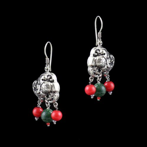 OXIDIZED SILVER HANGING EARRINGS WITH JADE AND QUARTZ BEADS