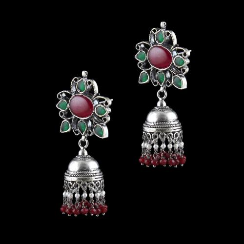 OXIDIZED SILVER KUNDAN EARRINGS WITH GARNET AND PEARLS