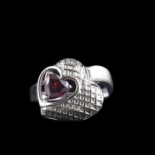 RED SWAROVSKI HEART RINGS