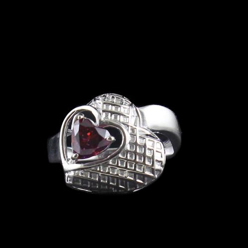 RED SWAROVSKI HEART RINGS