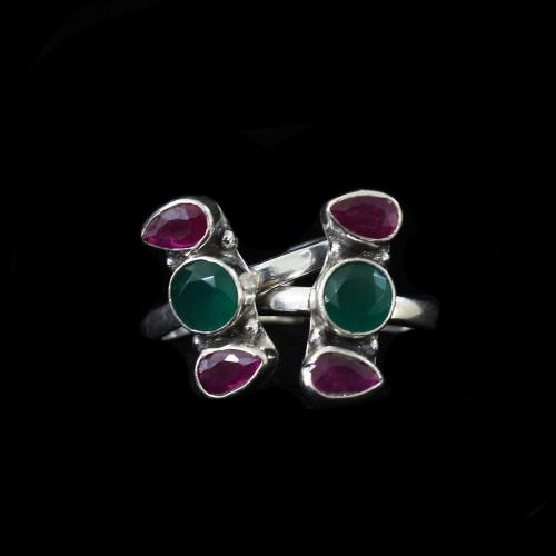 OXIDIZED SILVER RED COURNDUM AND GREEN HYDRO TOE RINGS