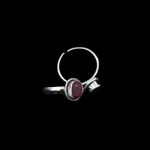 Silver Fancy Design Toe Ring Studded Zircon