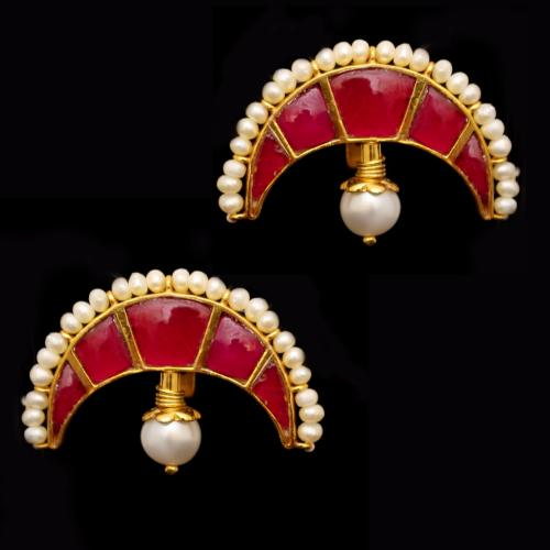 GOLD PLATED KUNDAN CHAND EAR CUFF WITH PEARLS